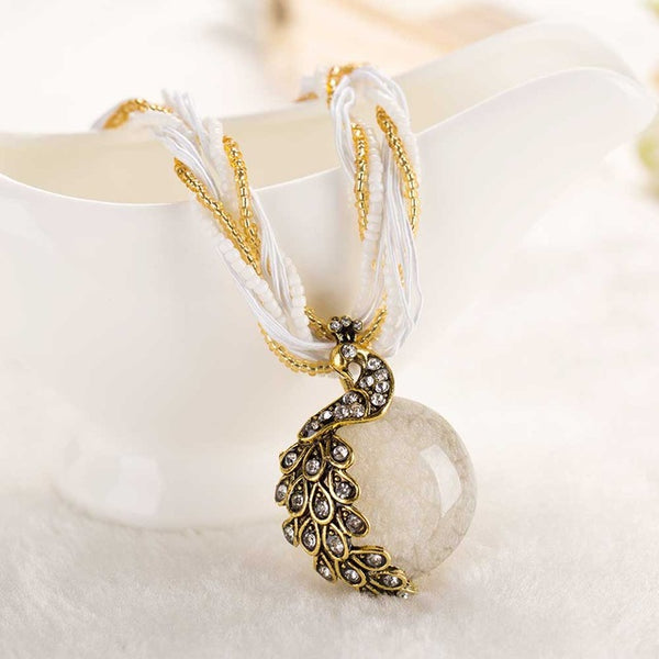 Women's  necklace short chain gem stone