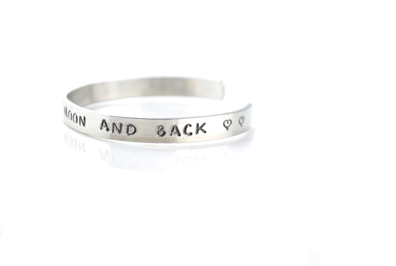 LOVE YOU TO THE MOON AND BACK - ALUMINIUM BRACELET