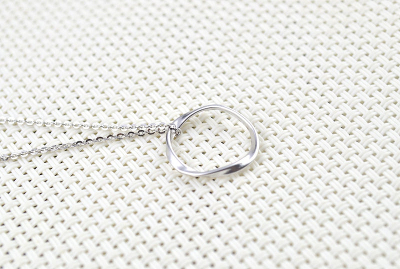Round Pendant Necklace for Women Silver Minimalist