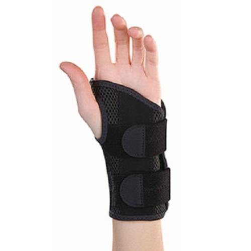 Mueller Green Fitted Wrist Brace Small/Medium Left