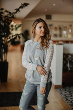 Lace-Sleeve Pullover - 2 colors (size XL - 3XL)