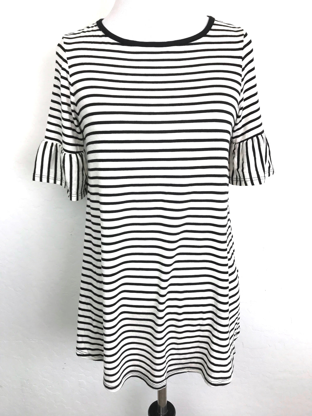 Striped Bell-Sleeve Top (size 3XL)