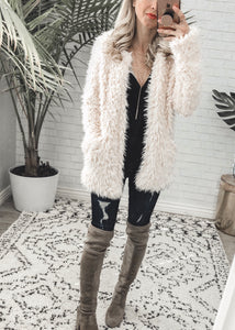 Faux Fur Jacket with Pockets! (size M)