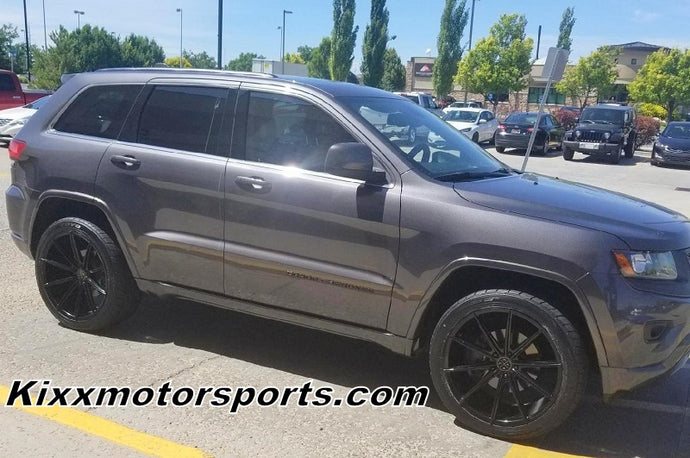 "Jeep Grand Cherokee with a set of 22"" Blaque Diamond BD-11 Gloss Black Wheels."