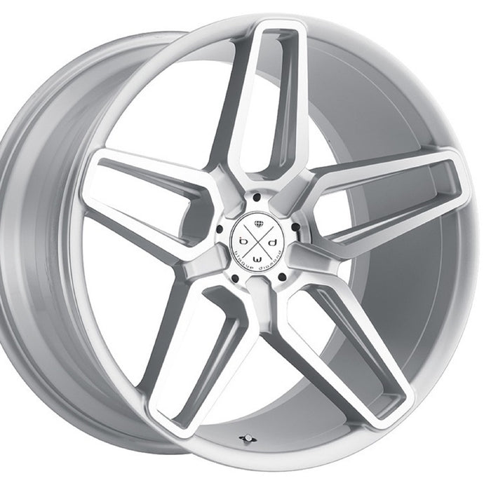 22x10.5 Blaque Diamond BD-17-5 Machine Silver concave wheels by Kixx Motorsports https://www.kixxmotorsports.com 1