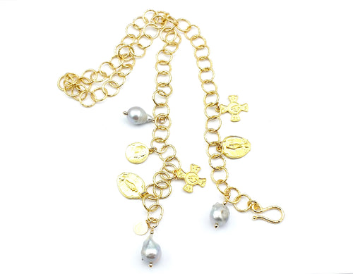 Lola - Pearl Charm Necklace