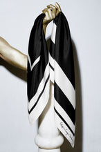 B&W Perspective Square - scarf 90 - silk scarf - FGTONSILK