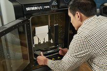 Unloading prototypes is easy with the Stratasys F123