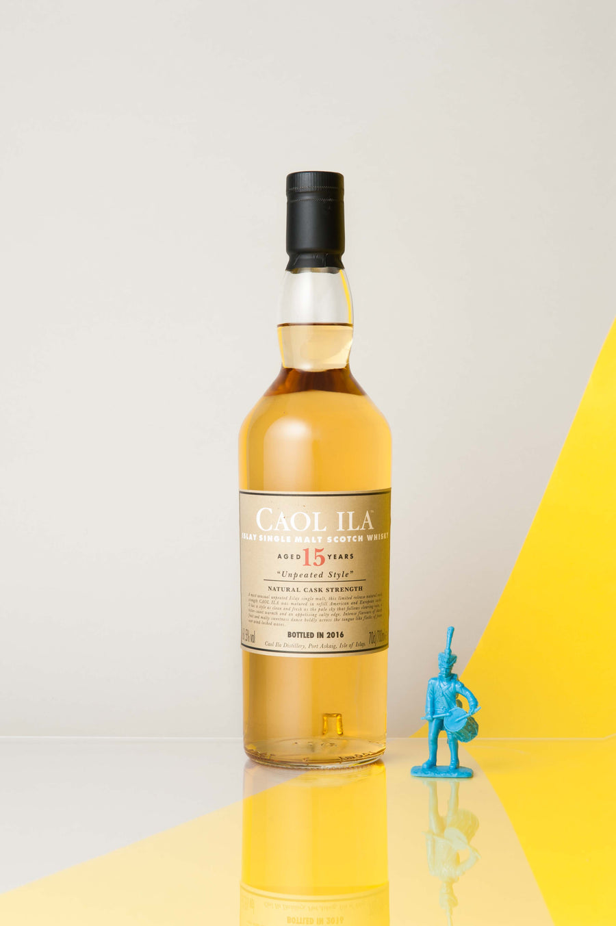 Caol Ila 15 Years Old Unpeated Style Single Malt Whisky