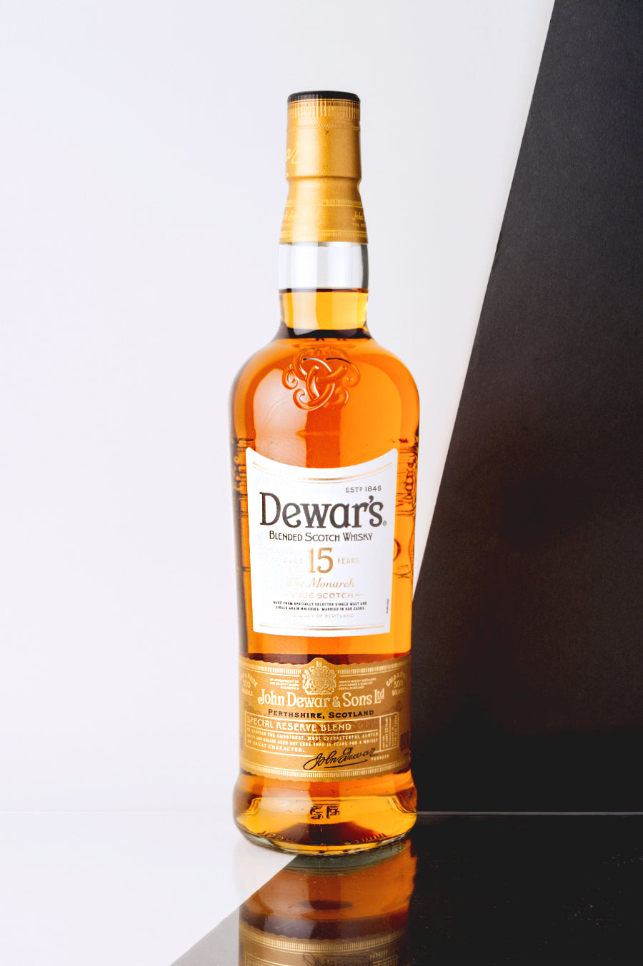 Dewars The Monarch 15 Years Old Whisky