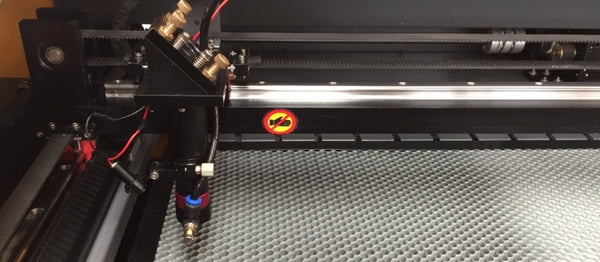 Máquina a Laser de Co2 130w (1300*900mm)