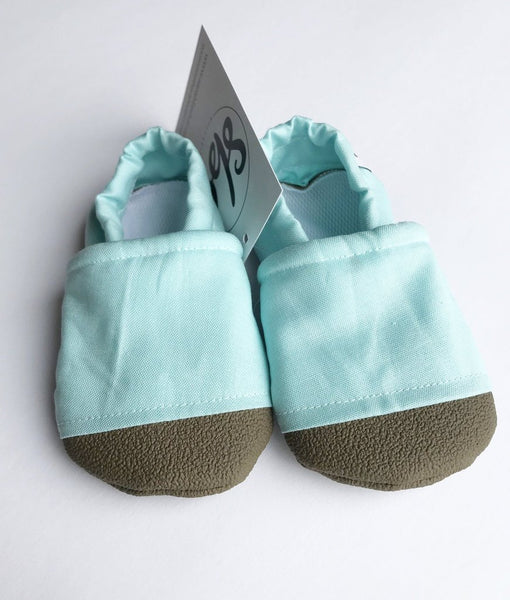 Sarah Beth Co. Everyday Moccasins: Size 18-24 months (Multiple Colors)