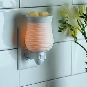 Harmony Pluggable Electric Candle Warmer