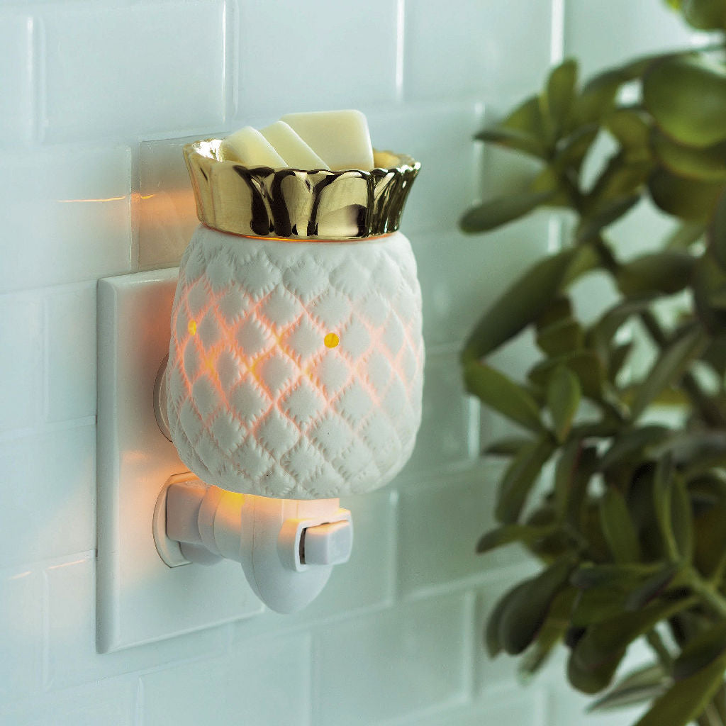Pineapple pluggable wax warmer