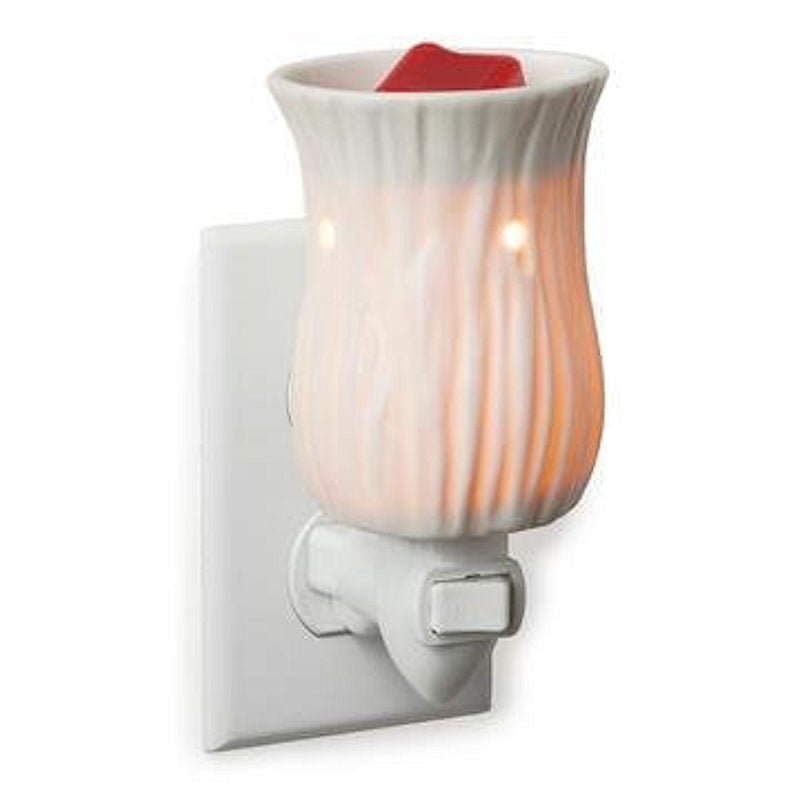 Willow Pluggable Electric Candle Warmer