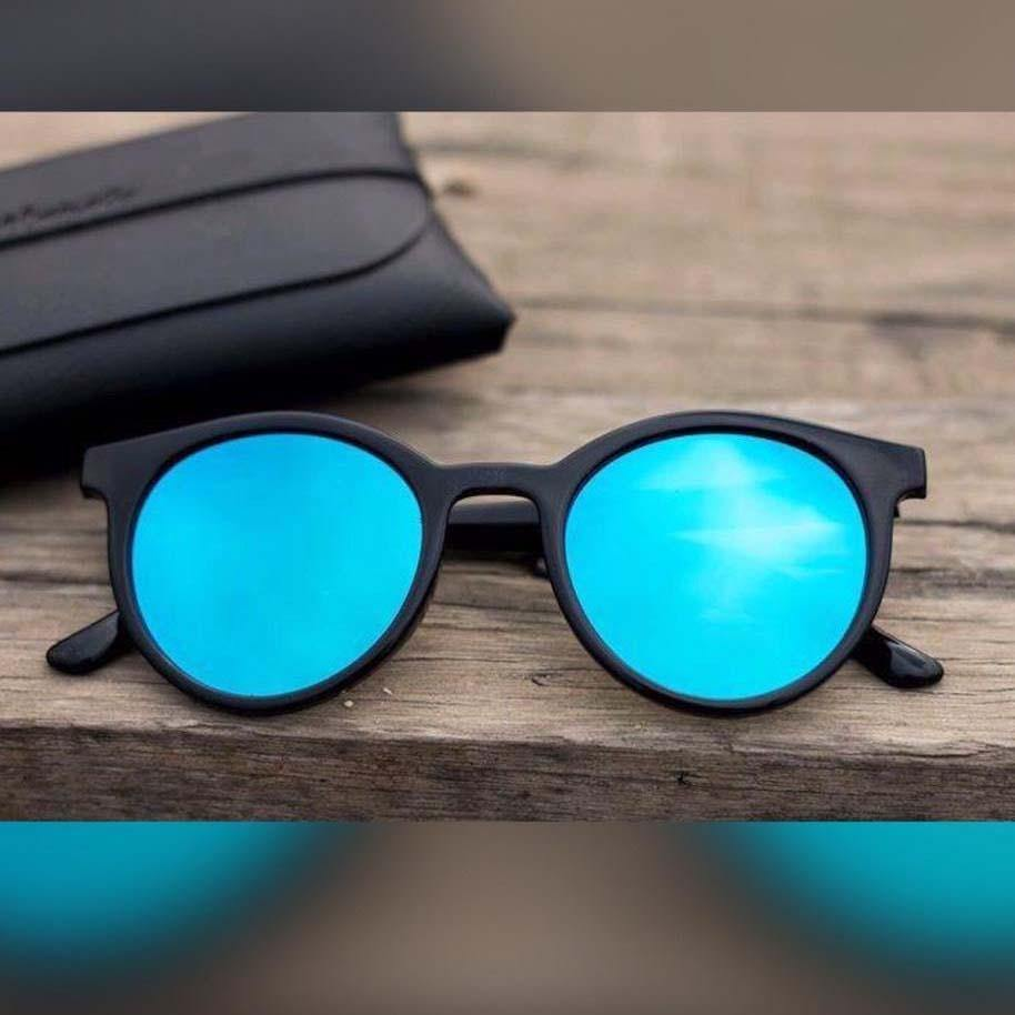 Lookscart Blue Trendy Unisex Sunglass