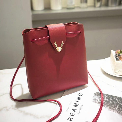 41001285 Women's Fashion Pearl Deer Lock PU Leather Shoulder Bag Red