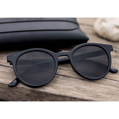 Lookscart Black Trendy Unisex Sunglass