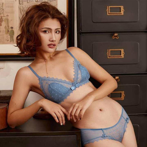 Lace Transparent Regal Bra Panty Set For Women