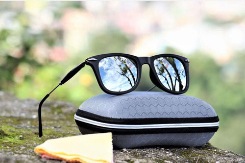 Black Polarized  Sunglass- (Unisex)