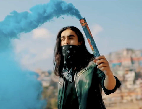 Smoke Grenade In Nepal 2 pc (Smoke flares)