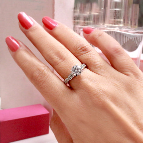 Beaut Solitaire Handcrafted Silver Ring