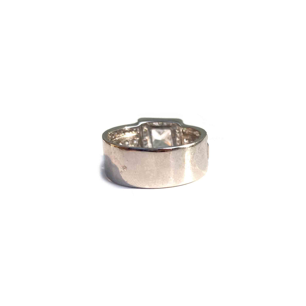 Distingué Square Cocktail Ring