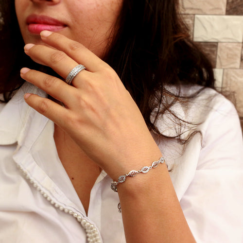Marquise Trinket Sterling Silver Bracelet/Anklet adds glamour to your 9 to 5 look.