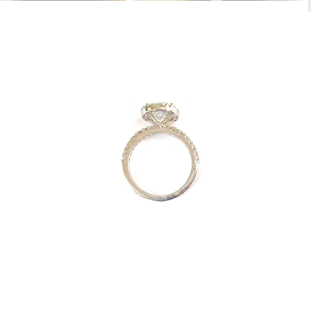 Sapid Oval Cut Halo Ring