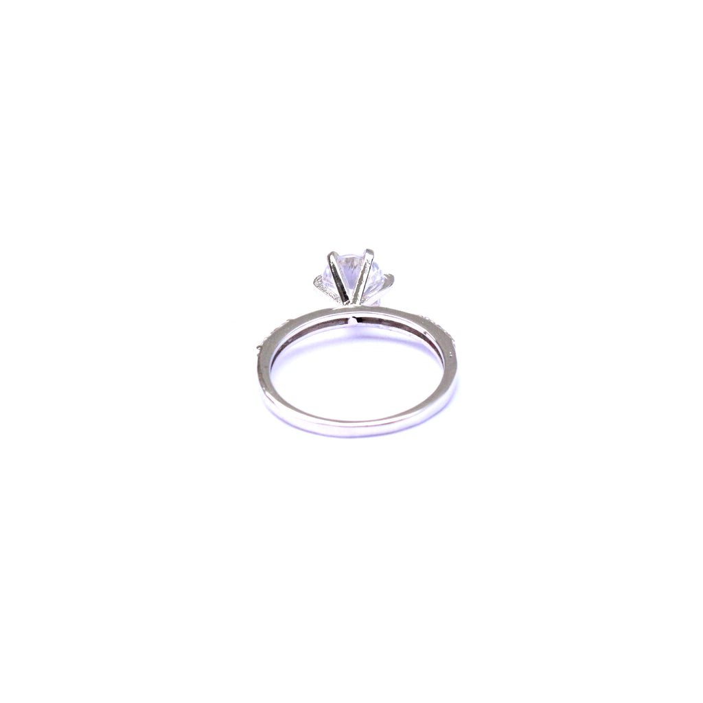 Twinkly Solitaire Silver and Cubic Zirconia Ring - Boldiful