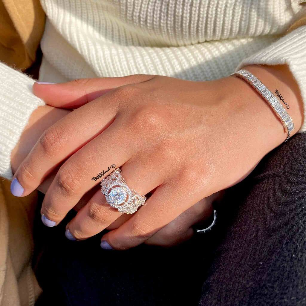 Zippy Big Solitaire Silver Ring