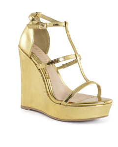 A sky-high wedge heel platform sole, w/straps fastened by glided buckle