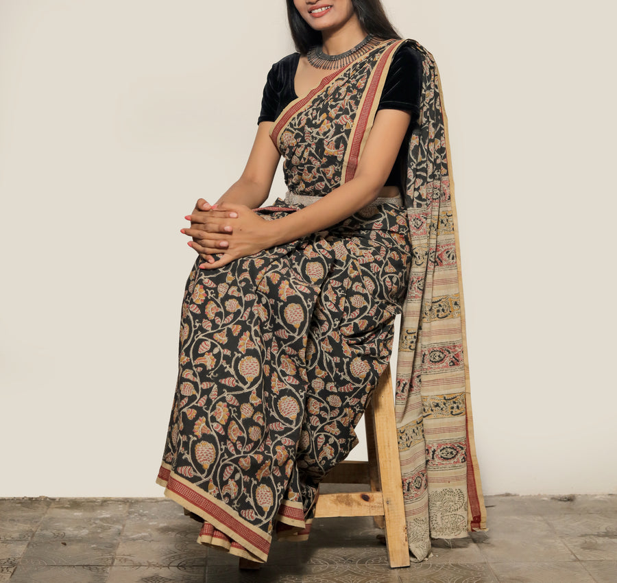 KALAMKARI SAREE : BLACK : MANJISHTHA BRICK RED : ANAR YELLOW