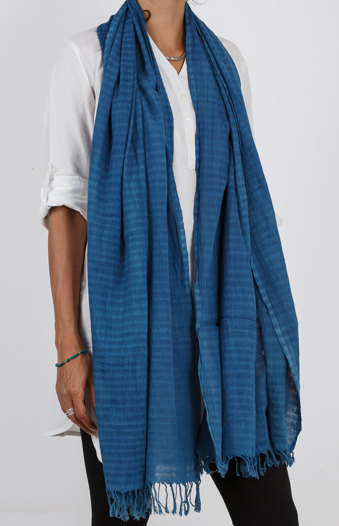 Malkha Natural Dyed Handlooms -GEOMETRIC STOLE : LIGHT INDIGO