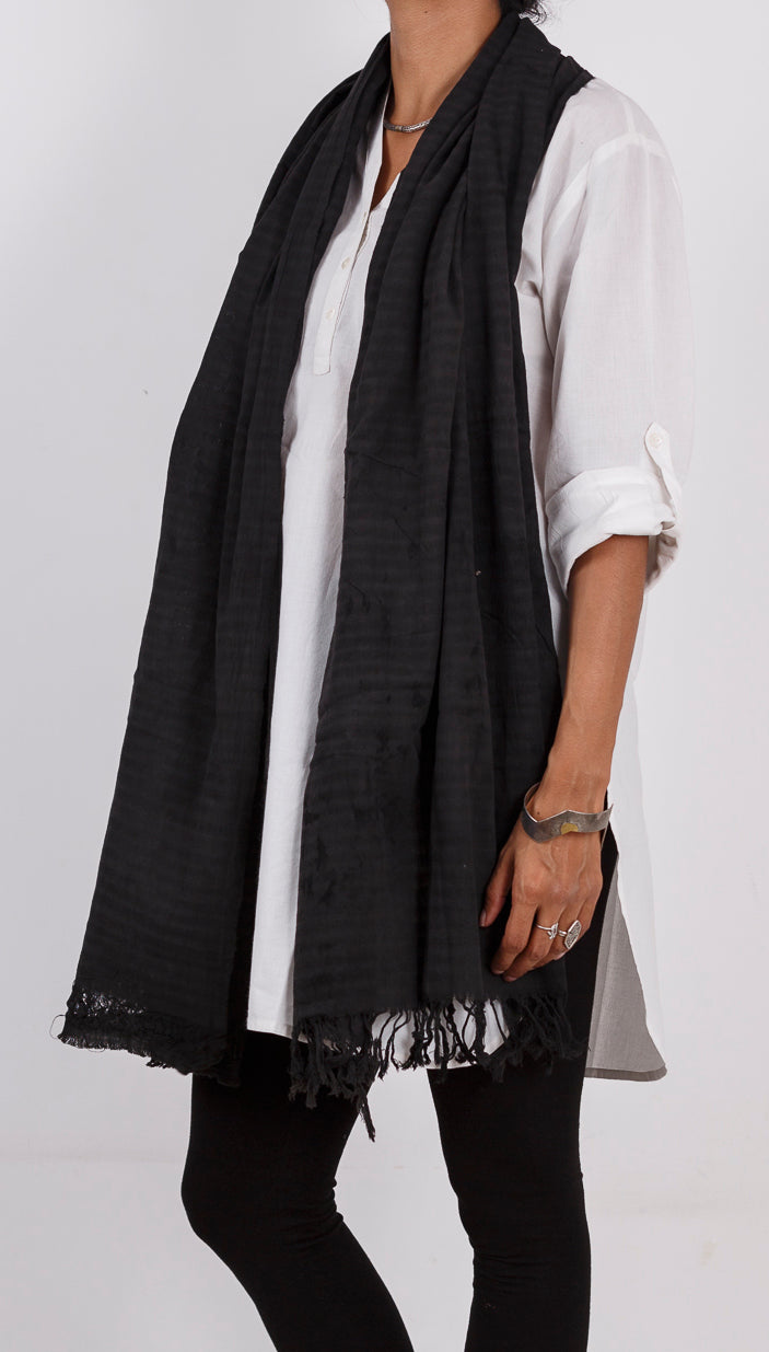 Malkha Natural Dyed Handlooms -GEOMETRIC STOLE : BLACK