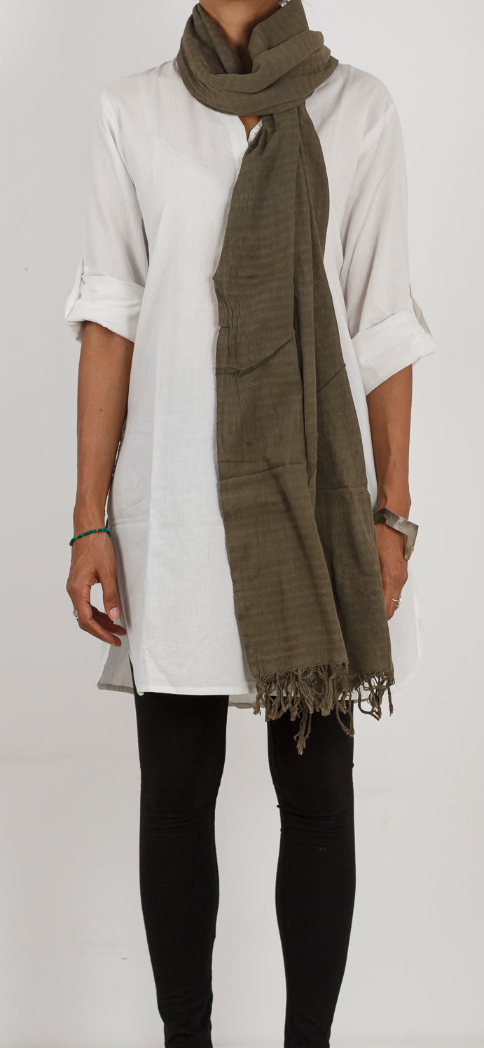 Malkha Natural Dyed Handlooms -GEOMETRIC STOLE : ANAR GREEN