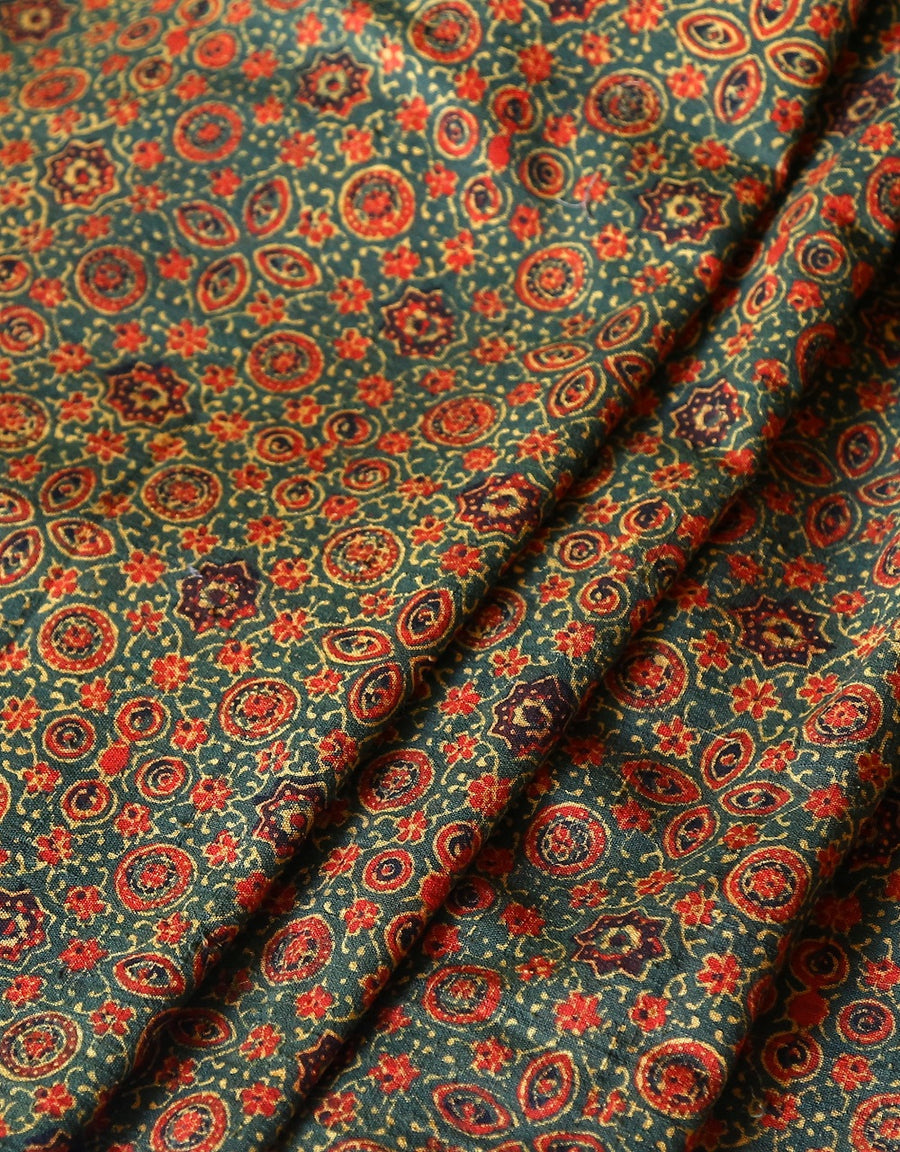 Malkha Natural Dyed Handlooms -AJRAKH FABRIC : ANAR GREEN : ALIZARIN RED