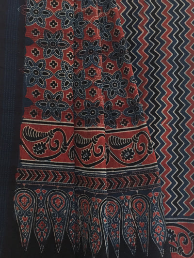 AJRAKH SAREE : DARK INDIGO : ALIZARIN RED : BLACK