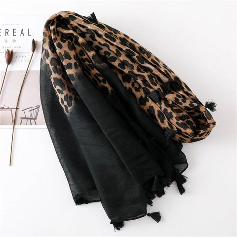Image of Leopard Print Warm Scarf