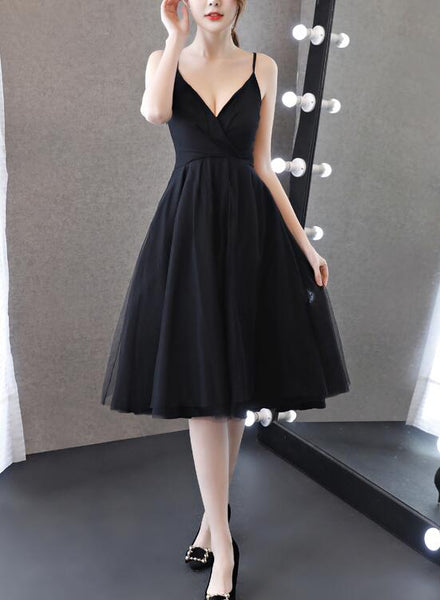 Pretty Chiffon and Tulle V-neckline Straps Knee Length Black Party Dress, Sexy Little Black Formal Dresses