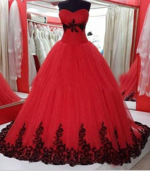 Red Sweetheart Formal Gowns with Black Applique, Charming Party Gowns, Wedding Dresses