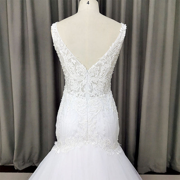 Beautiful V-neckline Mermaid Long Tulle Wedding Gown, Charming Bridal Gown
