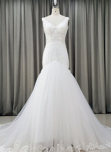 white new wedding dress