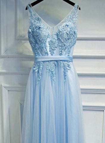 products/light_blue_gown.jpg