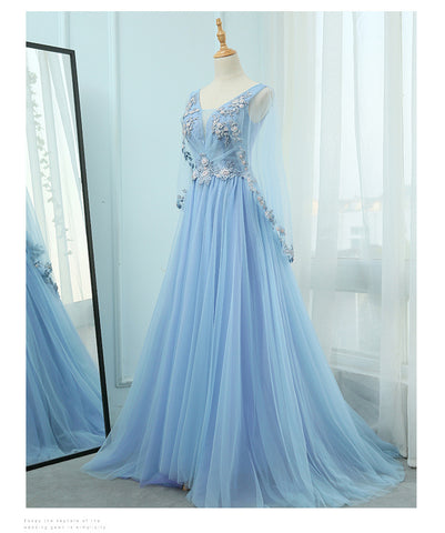 products/lightbluepartydress.jpg