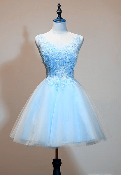 Light Blue Tulle Short Party Dress with Lace Applique, V-neckline Homecoming Dress