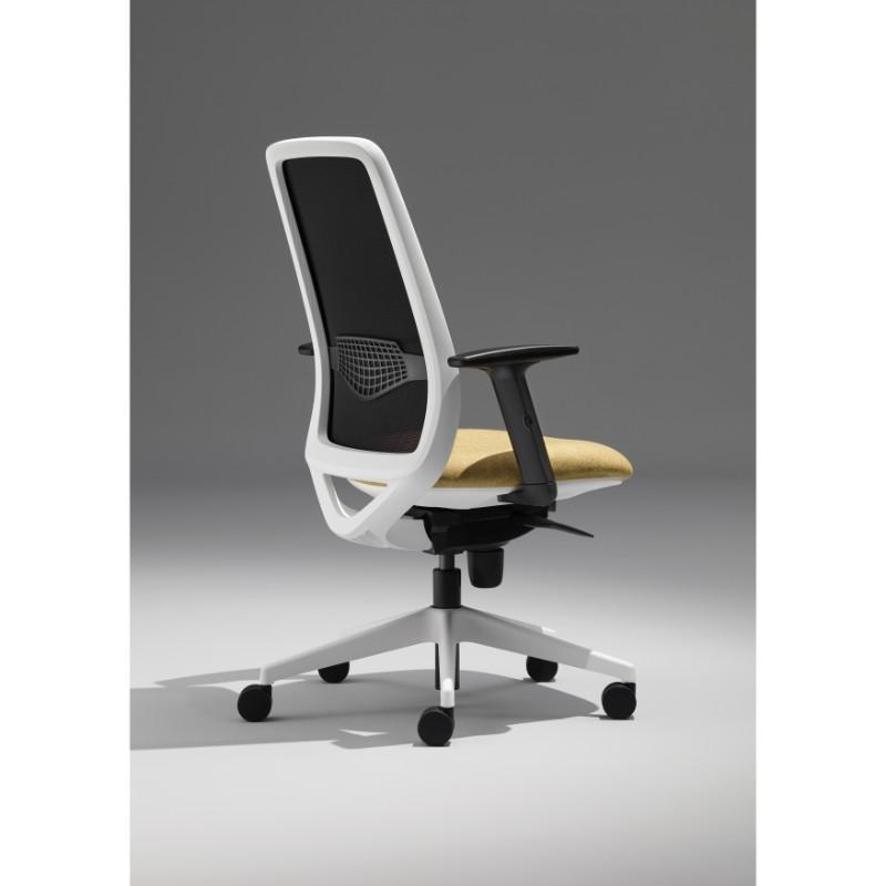 Operator Chair White / Height Adjustable Arms Echo Operator Chair White / Height Adjustable Arms