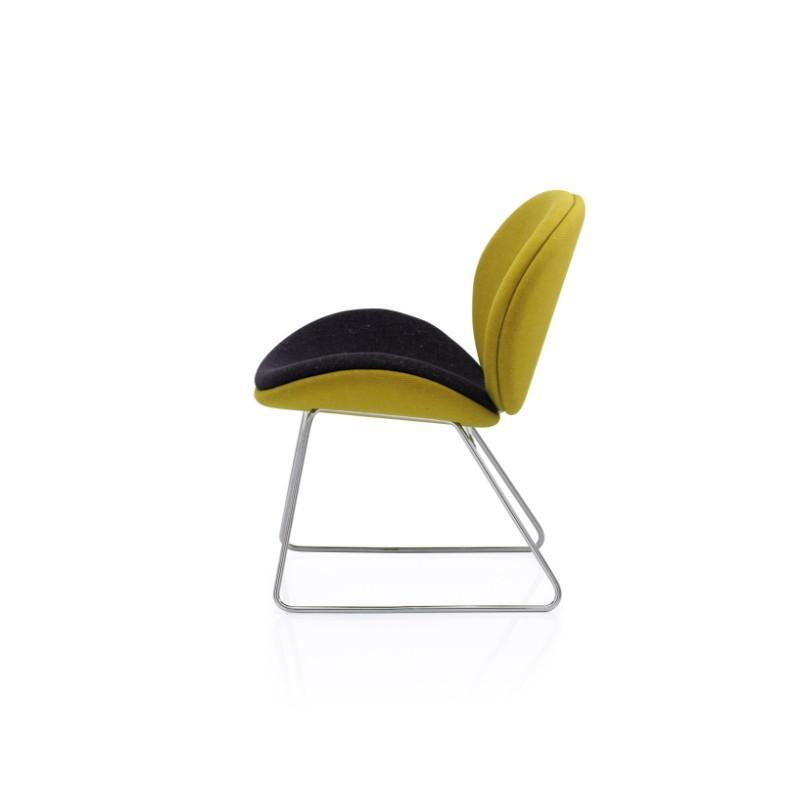 tub style chair Chair with 4 Legs Wave Chair Chair with 4 Legs