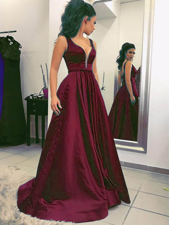 d936794b61 Sexy Plunge V-Neck Green Long Prom Dresses Sleeveless Satin Prom Gowns for  Party Evening