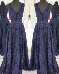 Elegant Navy Blue Evening Gowns Beaded Deep V-Neckline Lace Formal Dresses 2018